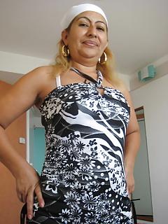 Mature Latina Pics