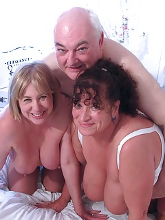 Mature Threesome Pics