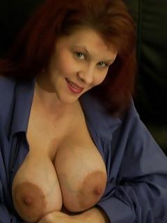 Mature Big Tits Pics